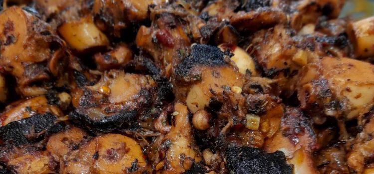 Χταπόδι με πάπρικα και μπούκοβο γλυκό